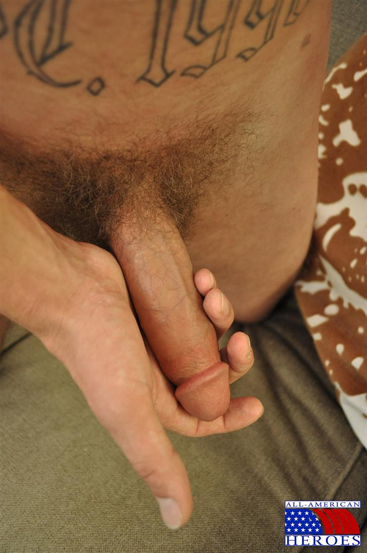 All-American-Heroes-US-Army-Specialist-Clark-Jerking-His-Big-Hairy-Cock-Amateur-Gay-Porn-07 US Army Specialist Masturbating His Hairy Curved Cock