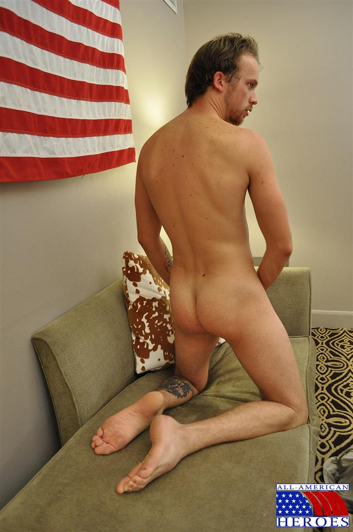 All-American-Heroes-US-Army-Specialist-Clark-Jerking-His-Big-Hairy-Cock-Amateur-Gay-Porn-08 US Army Specialist Masturbating His Hairy Curved Cock