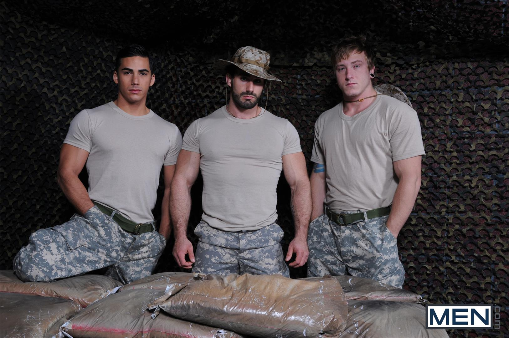 Men-Tour-of-Duty-Jaxton-Wheeler-and-Tom-Faulk-and-Topher-Di-Maggio-Army-Guys-Fucking-Amateur-Gay-Porn-01 Tom Faulk Getting Fucked by Topher DiMaggio and Jaxton Wheeler