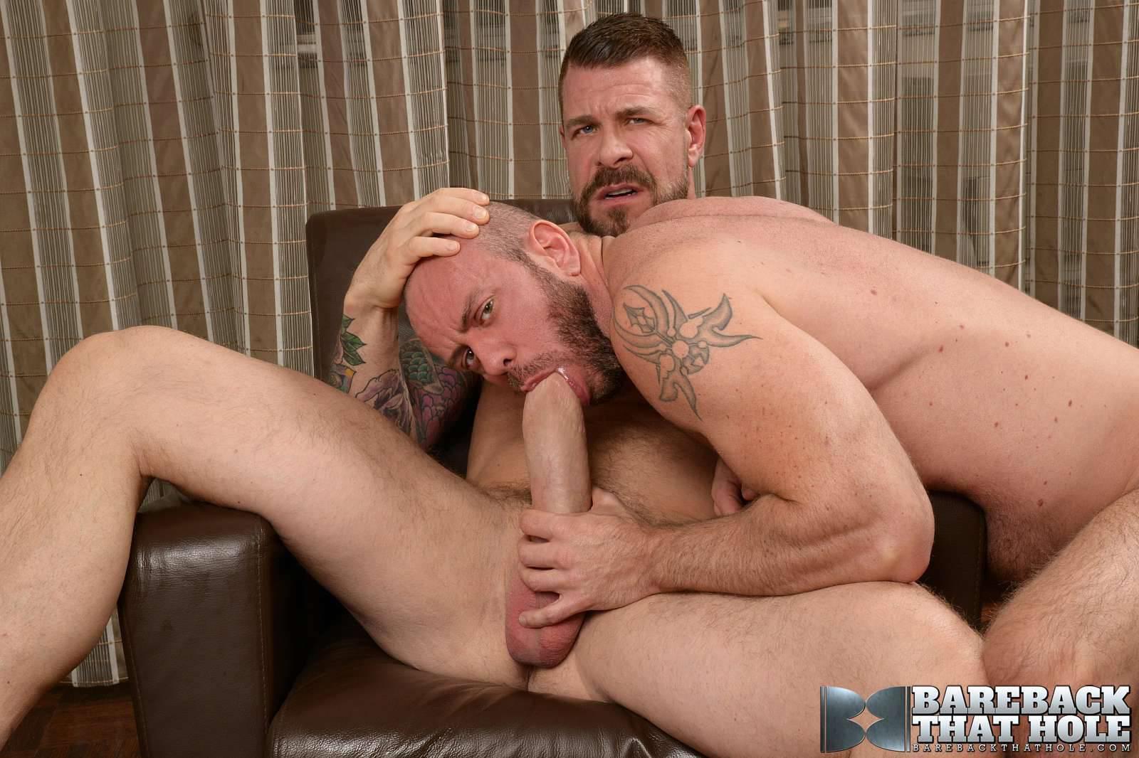 Bareback-That-Hole-Rocco-Steele-and-Matt-Stevens-Hairy-Muscle-Daddy-Bareback-Amateur-Gay-Porn-20 Hairy Muscle Daddy Rocco Steele Breeding Matt Stevens