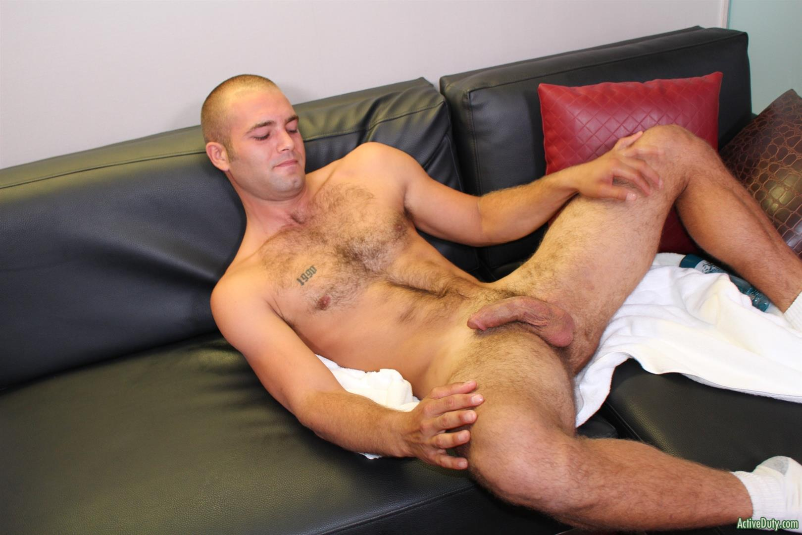 Active-Duty-Sean-Naked-Army-Soldier-With-A-Thick-Cock-Amateur-Gay-Porn-12 27 Year Old Straight Army Soldier Jerks His Big Thick Cock